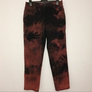 Dark red bleached jeans